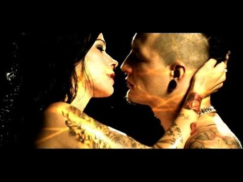Kissin' Dynamite - DNA