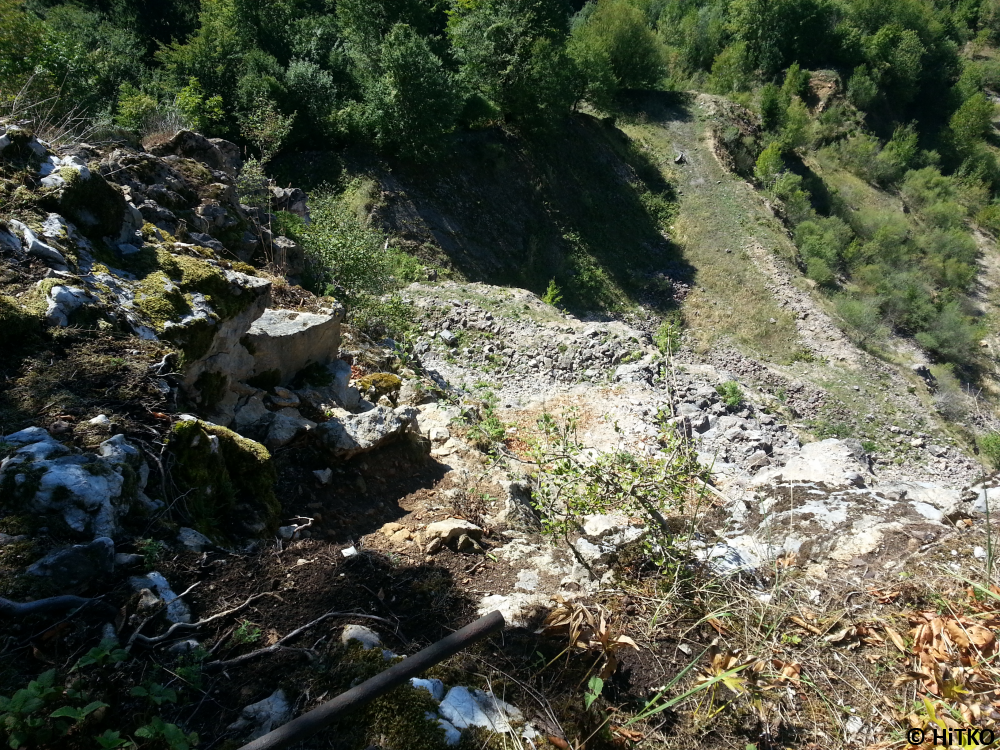 Right part of the quarry seen from the top